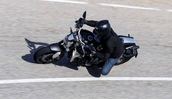 Honda CB1000R 5