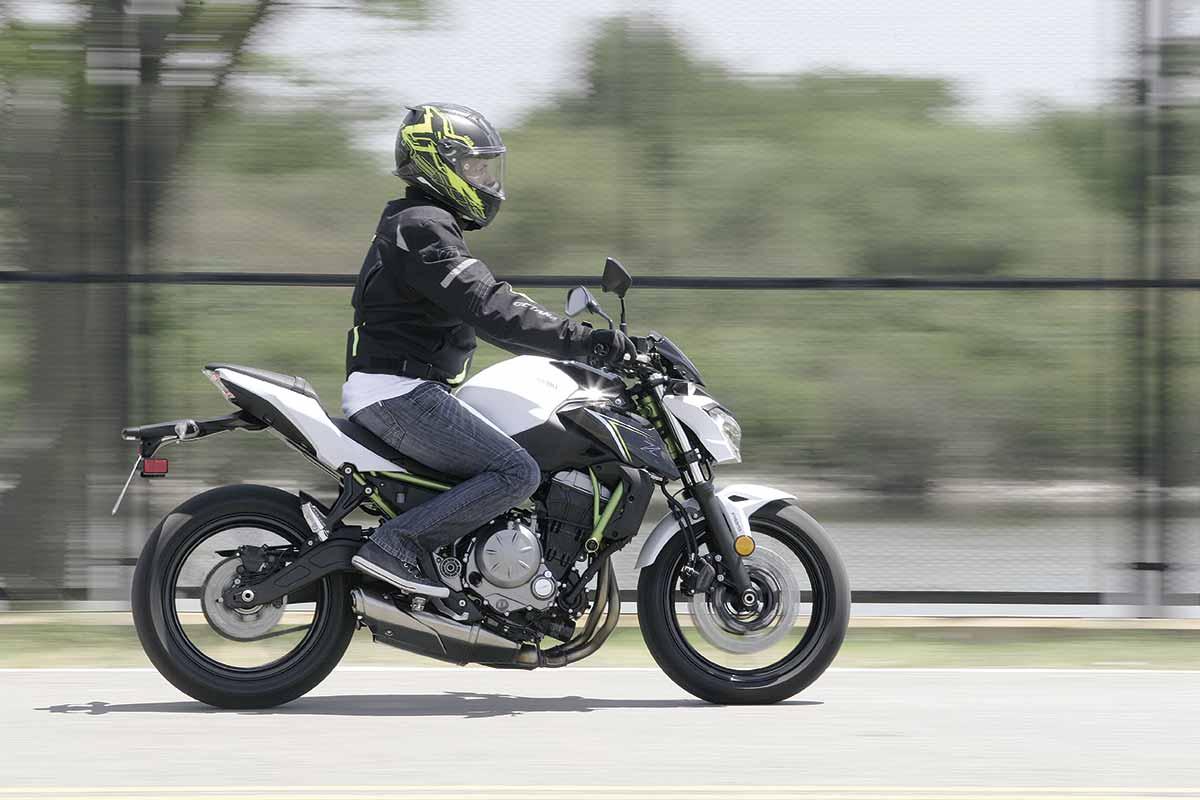 Kawasaki Z650 21