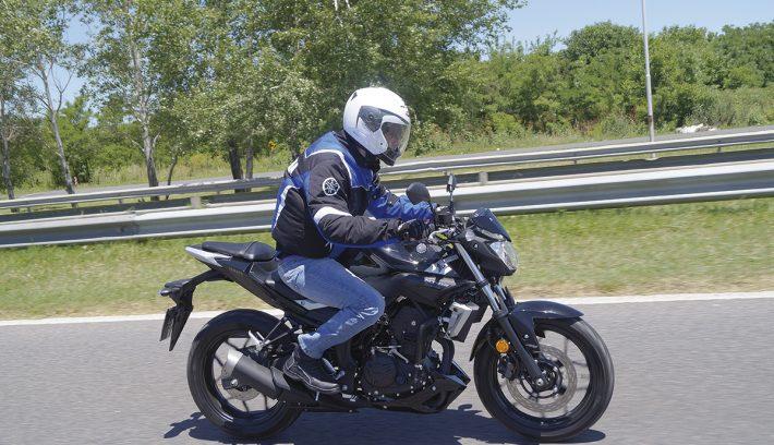 Yamaha MT 03 5