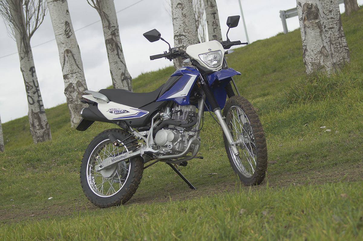 Motomel Skua 250 3