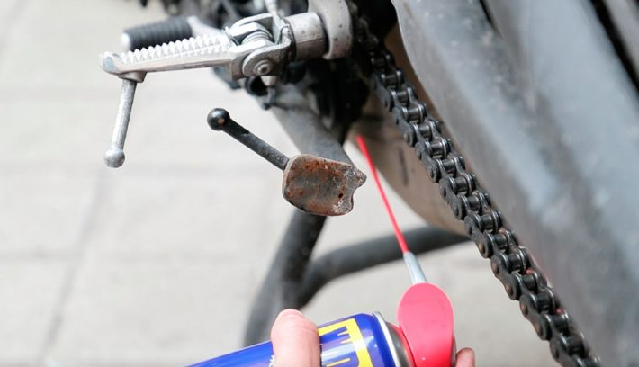 article como lubricar y proteger tu moto 5ac504f0473e3