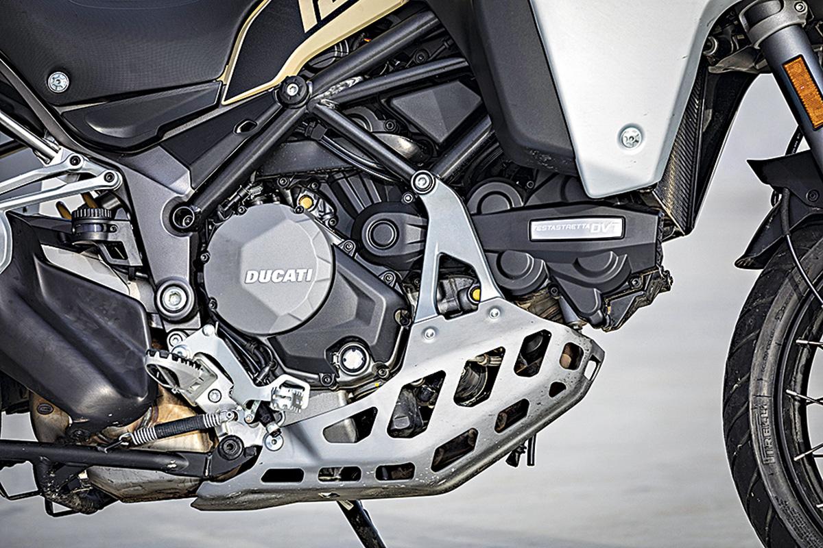 BMW DUCATI KTM 3