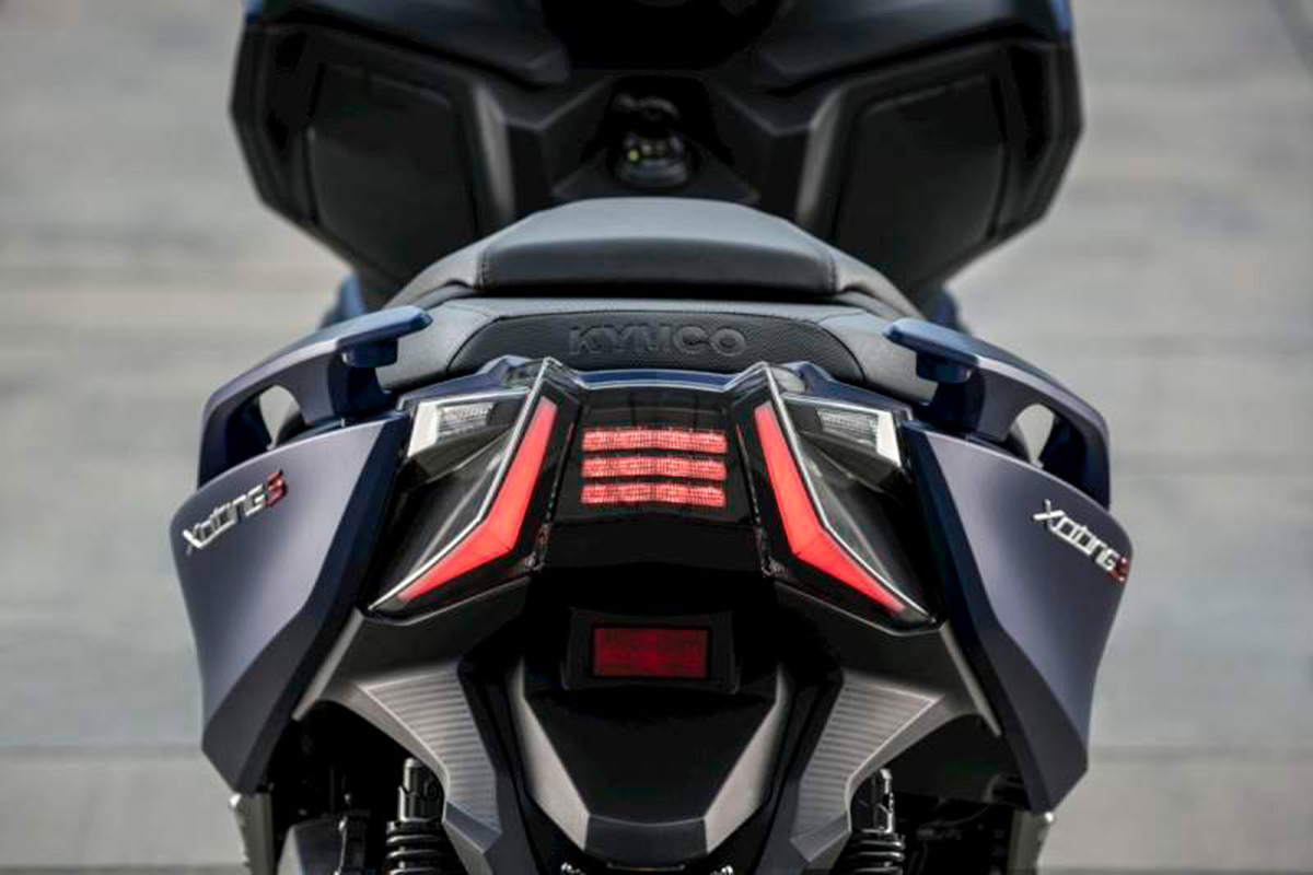 KYMCO Xciting S 400 11