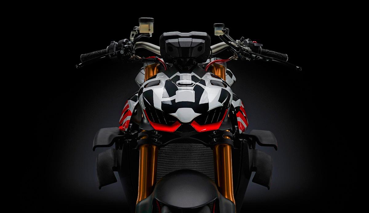 Ducati Streetfighter v4 4