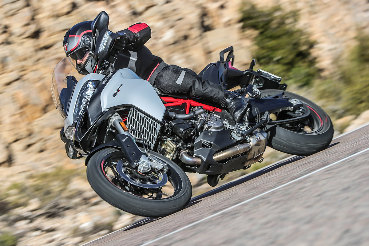 Ducati Multistrada 950 S Action 09 UC70812 High
