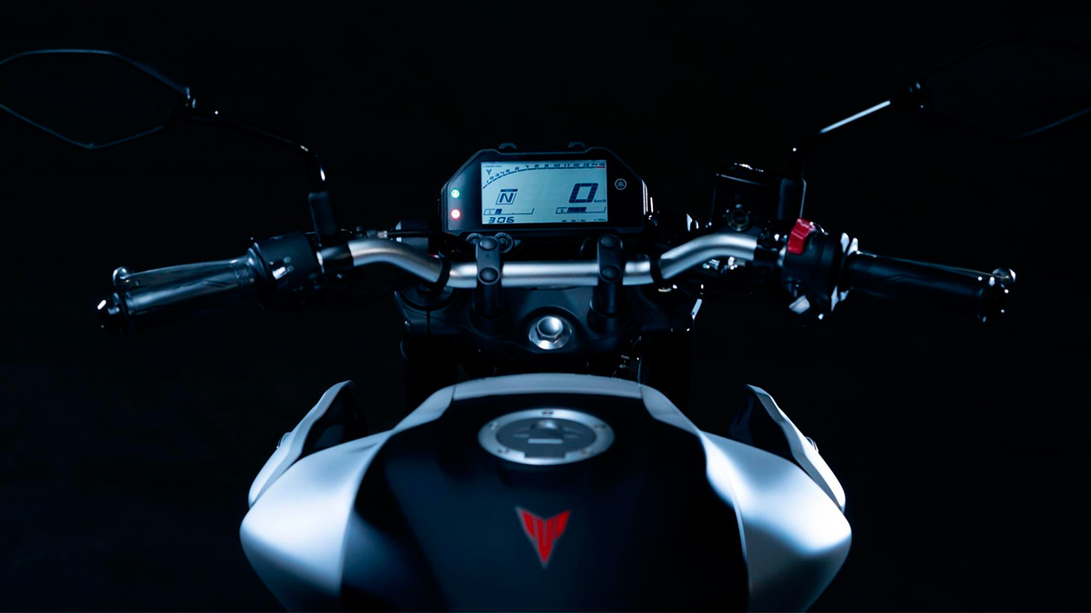 Yamaha MT 03 7