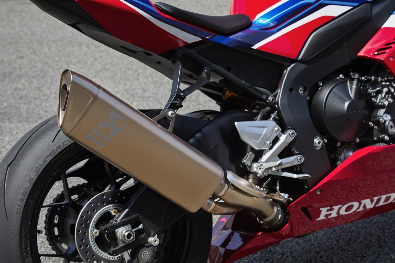 Honda CRB 1000 RR R SP 2