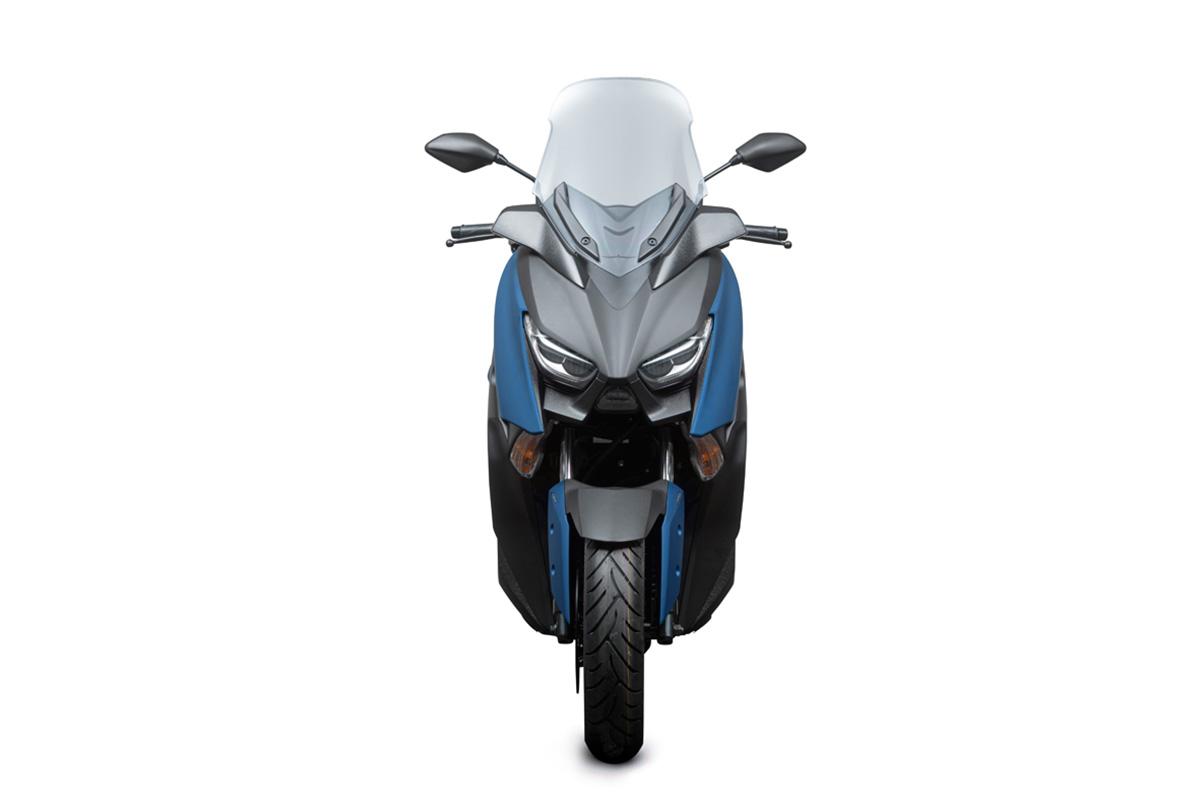 Yamaha XMax 250 scooter 3