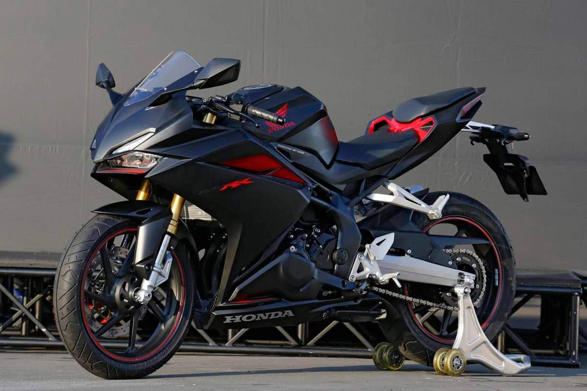 Honda cbr250rr 4 cilindros 2