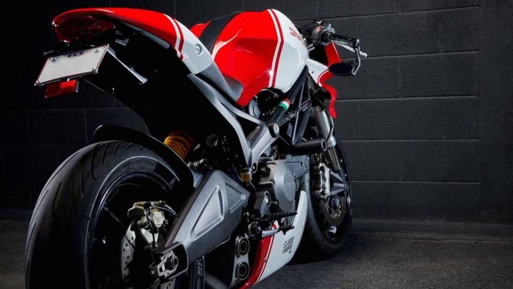 Ducati Monster 659 EB616 4