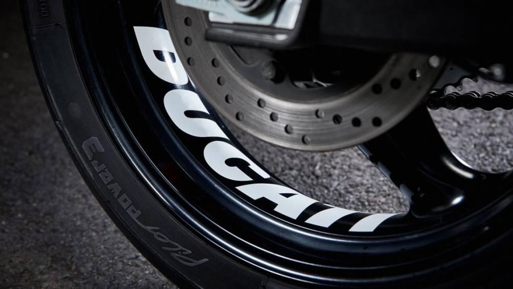 Ducati Monster 659 EB616 7
