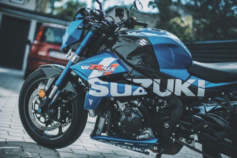 Suzuki Virus 1000 R uma super naked - Tô Na Estrada