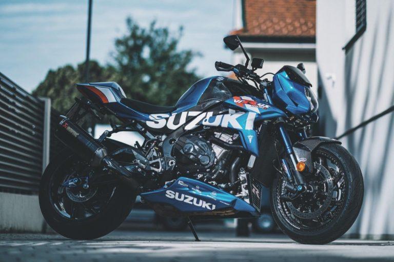 Suzuki Virus 1000 R, naked ultraligera de más de 200 cv