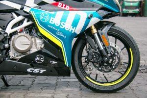 CFMoto300SR 10