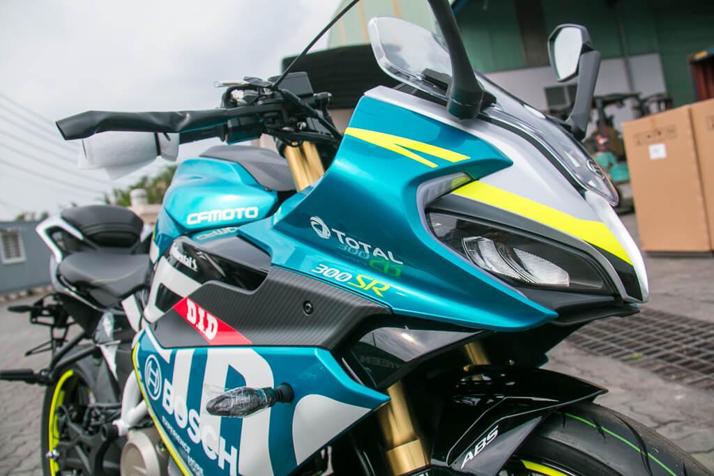CFMoto300SR 18