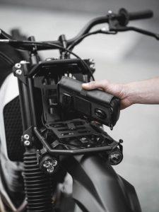 Honda NX650 Dominator V13 4