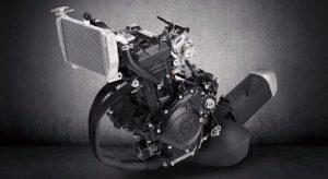 Yamaha R3 4
