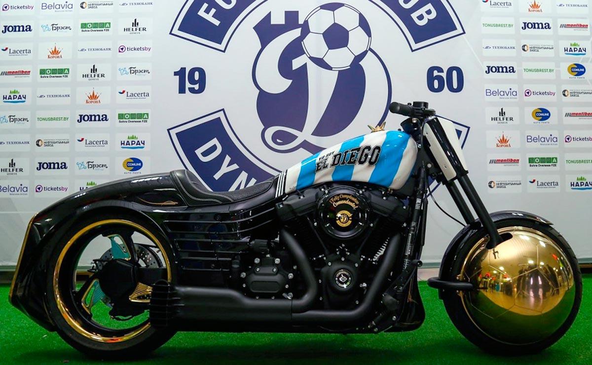Diego Maradona moto Harley Davidson 1