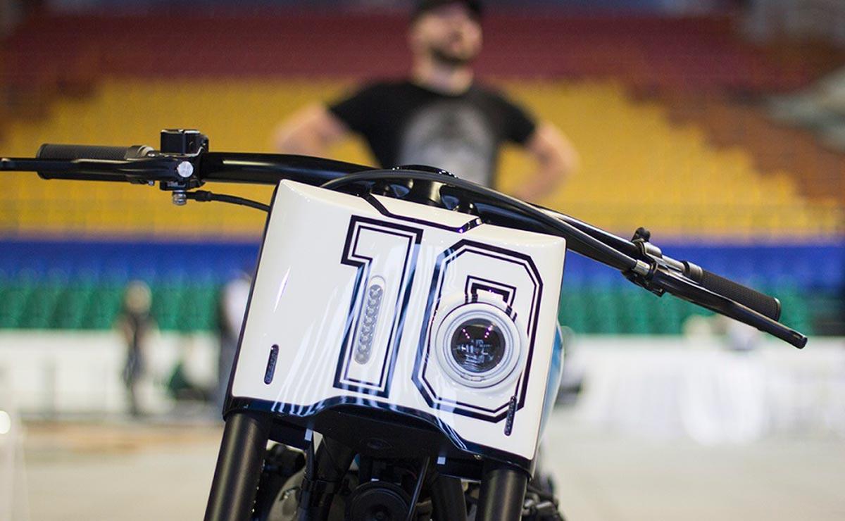 Diego Maradona moto Harley Davidson 2