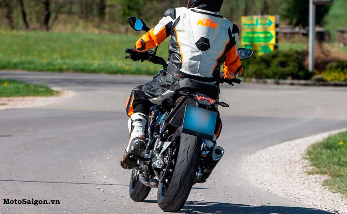 KTM 390 Duke 2021 2