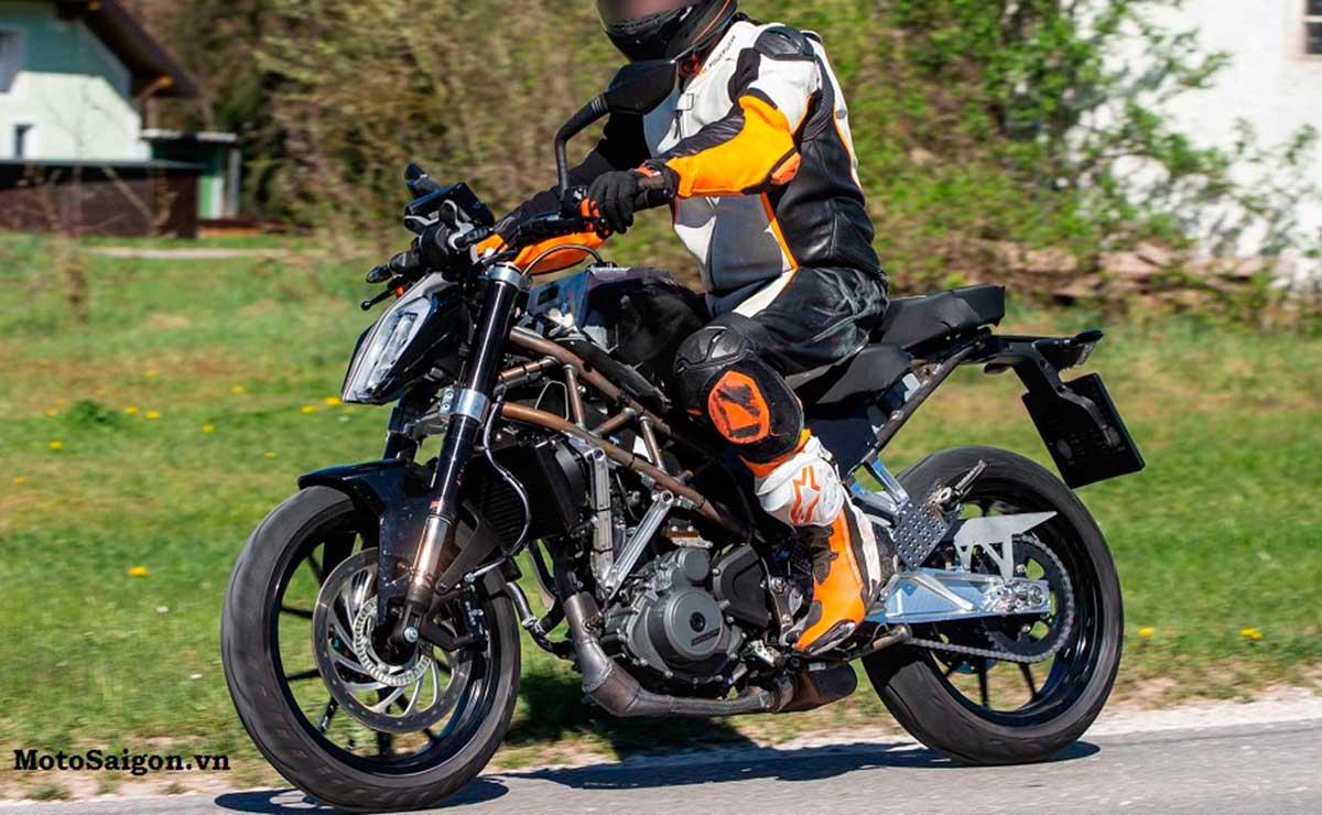 foto KTM 390 Duke 2021