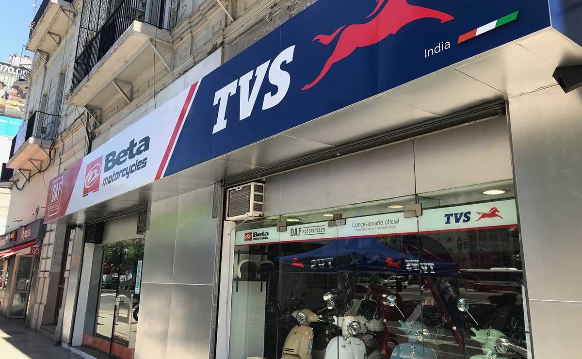 Beta TVS Zontes nuevo concesionario 4