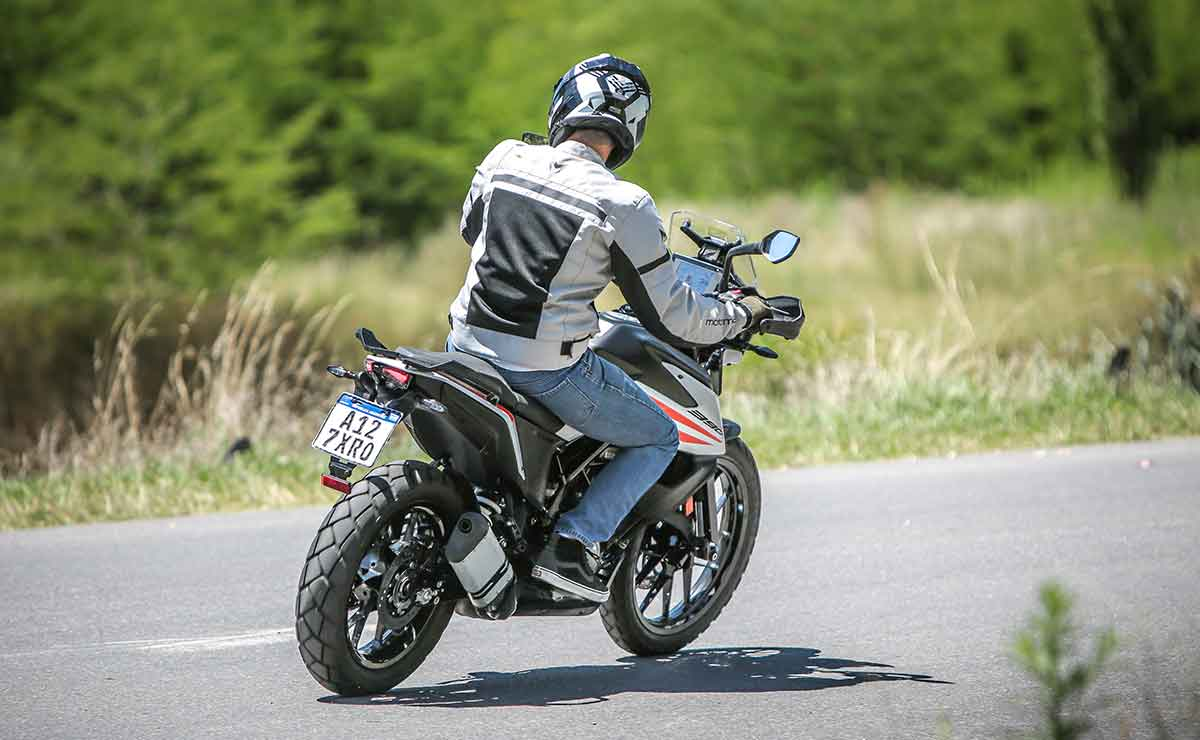 KTM 390 Adventure 18