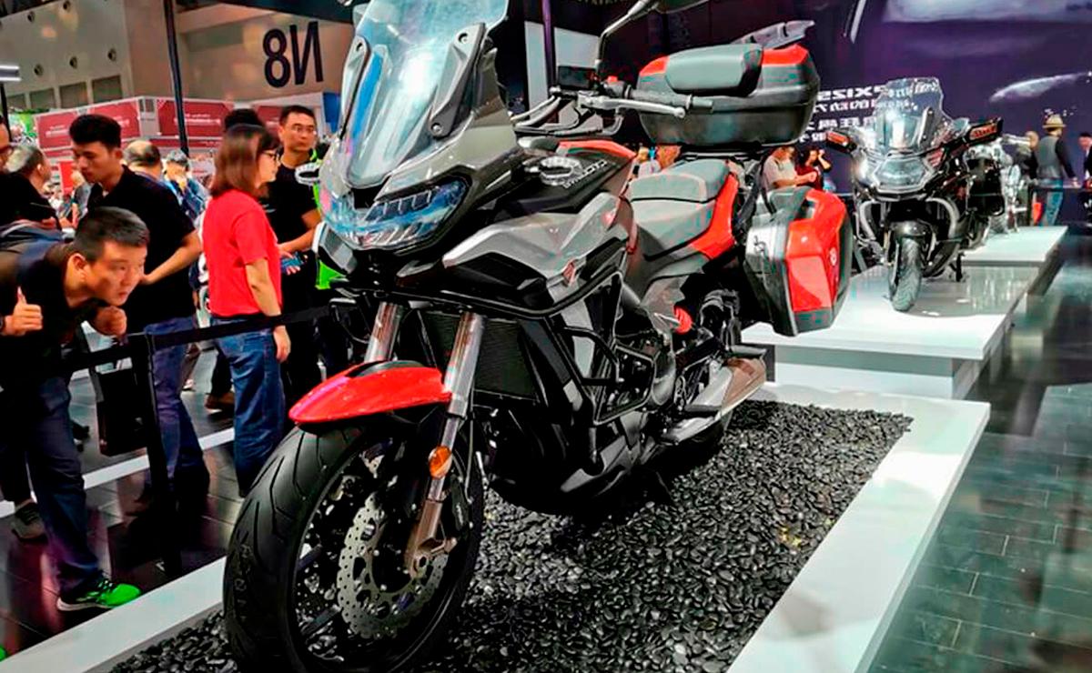 Zongshen Cyclone RX6 exhibición