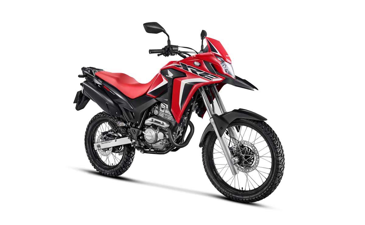 Honda XRE 300 2022 Rally roja blanca y negra