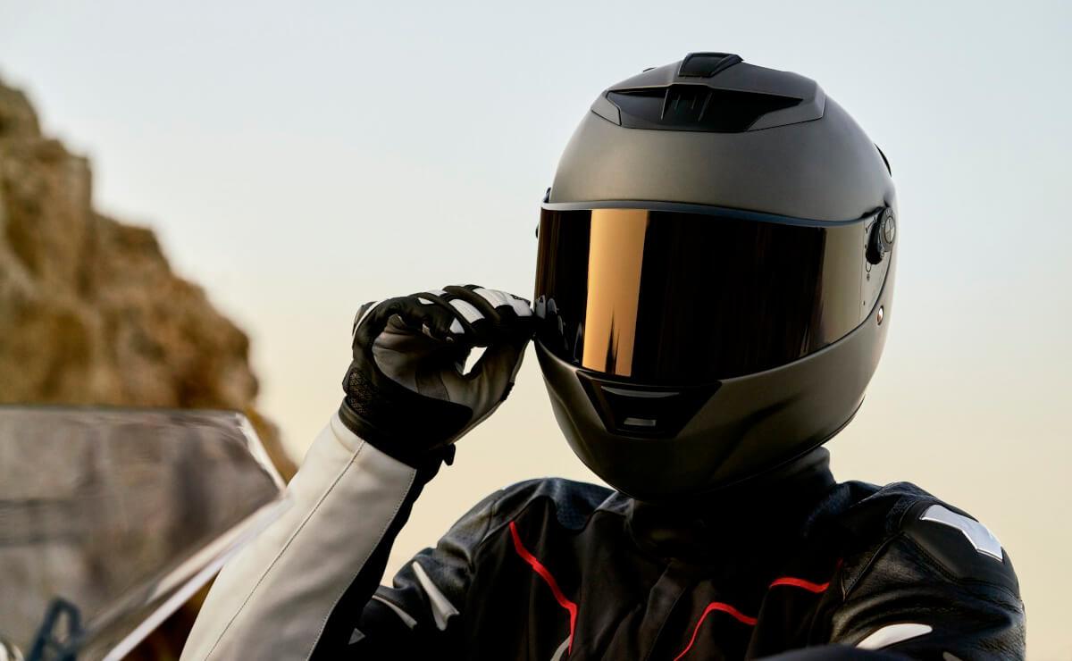 Las mejores marcas de cascos para motos