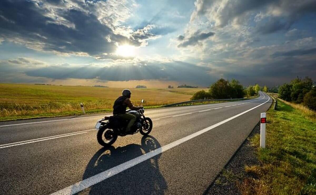 Mejores motos de baja cilindrada para viajar