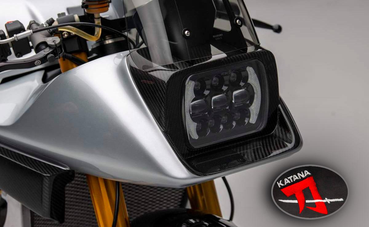 Suzuki Katana GSX-R 1000 detalle faro delantero lohgo katana portada