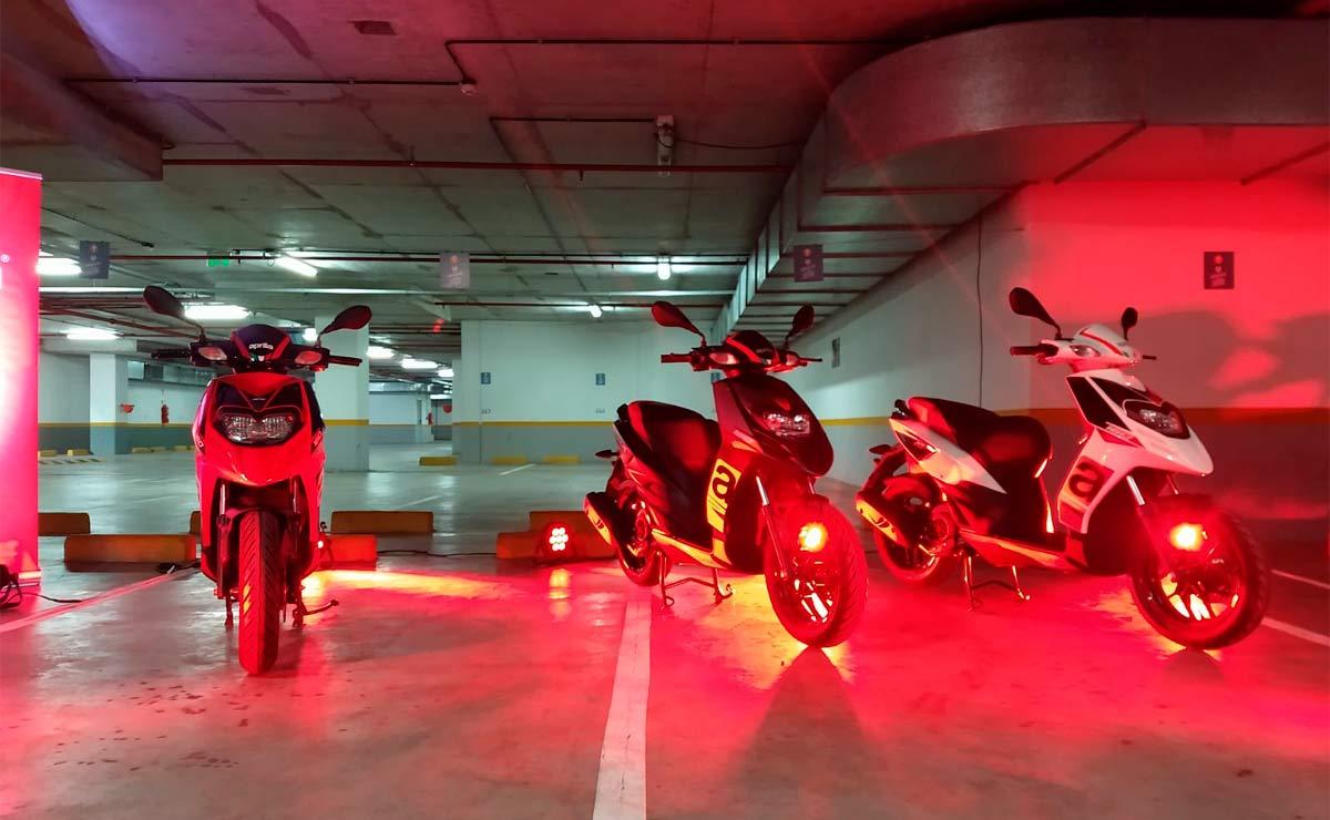 Aprilia RS160 tres modelos luces rojas