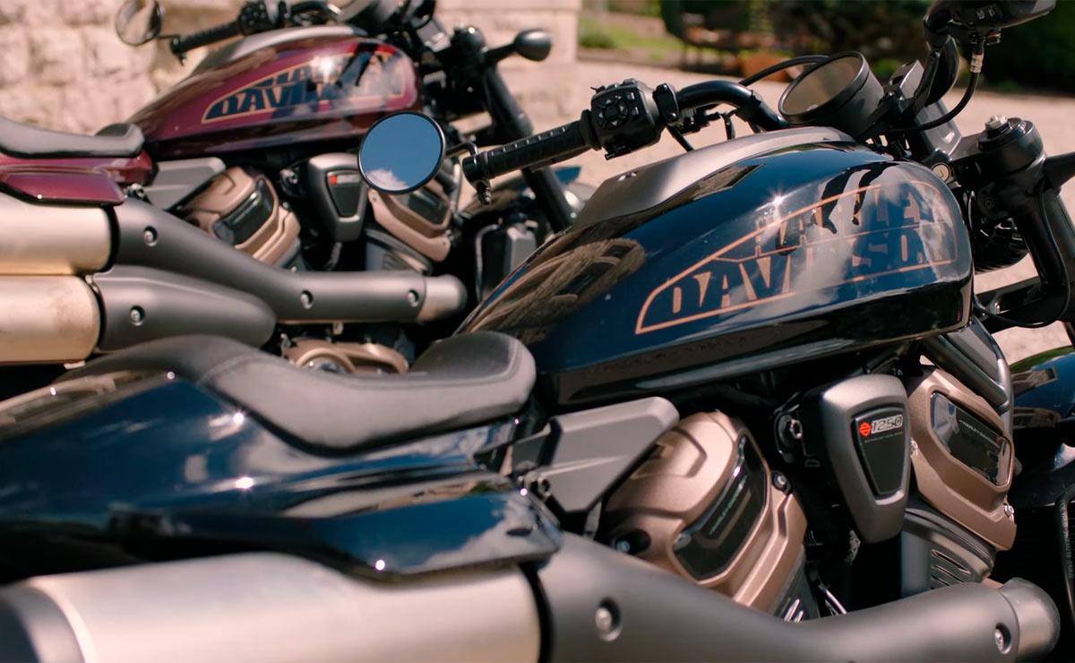 Harley-Davidson Sportster S 2021 negra y marron