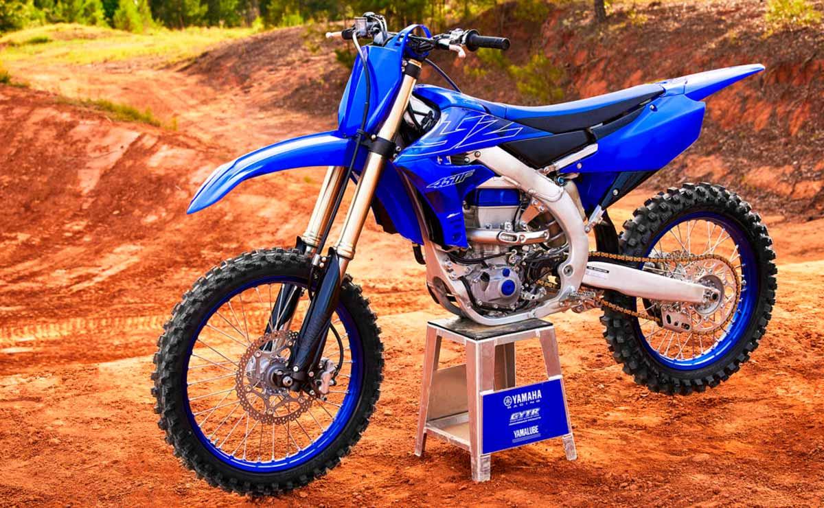 Yamaha YZF 450 lateral izquierdo