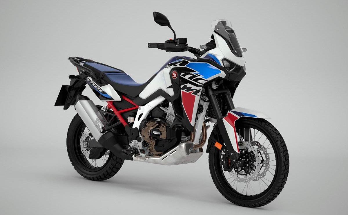 Honda Africa Twin 2022 versión base blanca azul y roja