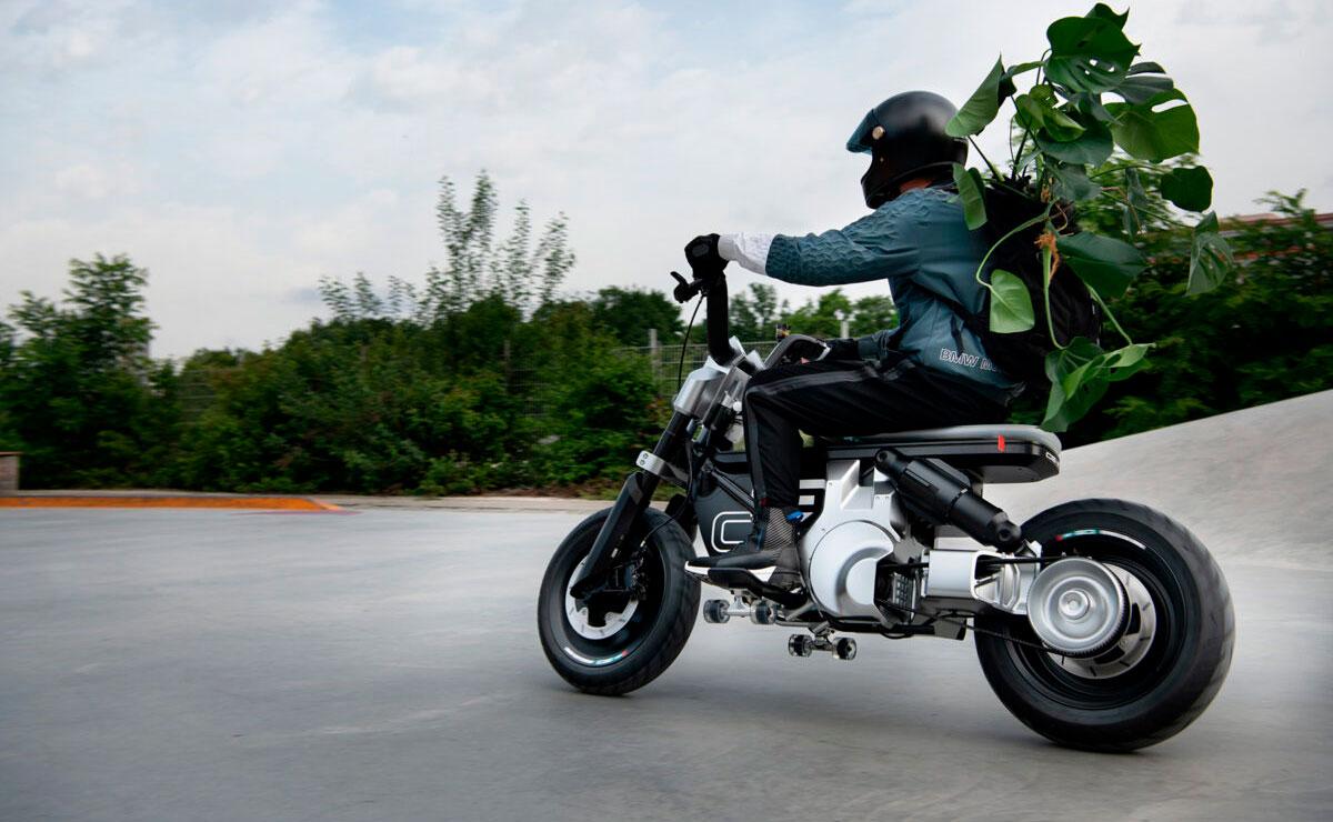 BMW CE-02 Concept acción