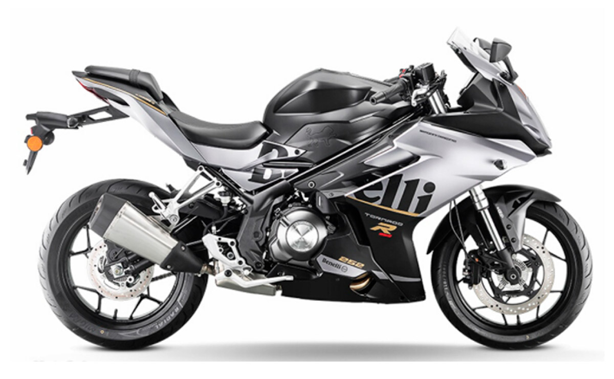 Benelli Tornado 252R 2022 negra y gris