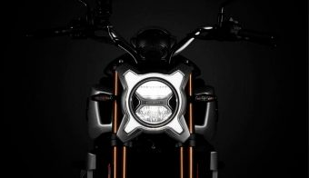 CFMoto 250CL-X detalle faro principal