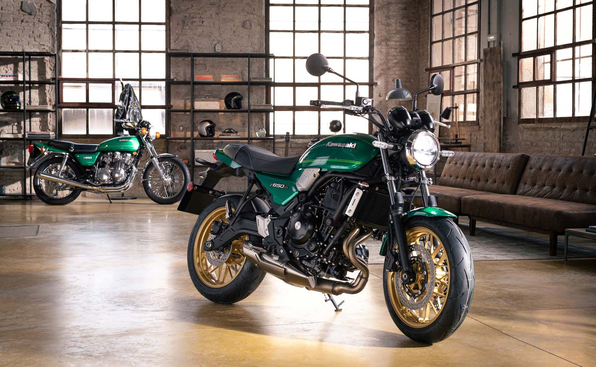 Kawasaki Z650RS 2022 verde