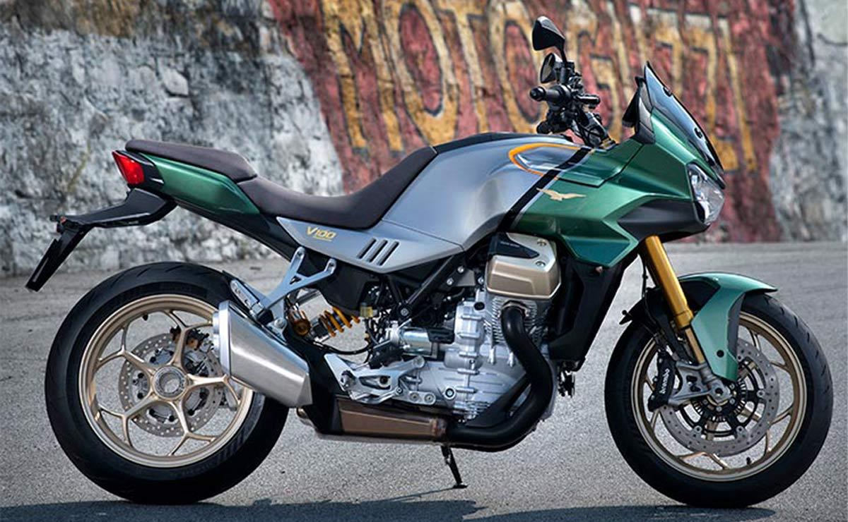 Moto Guzzi V100 Mandello 2022 verde lateral derecho