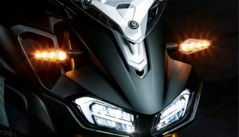 Posible Suzuki Gixxer 300 naked bicilíndrica detalle faro principal