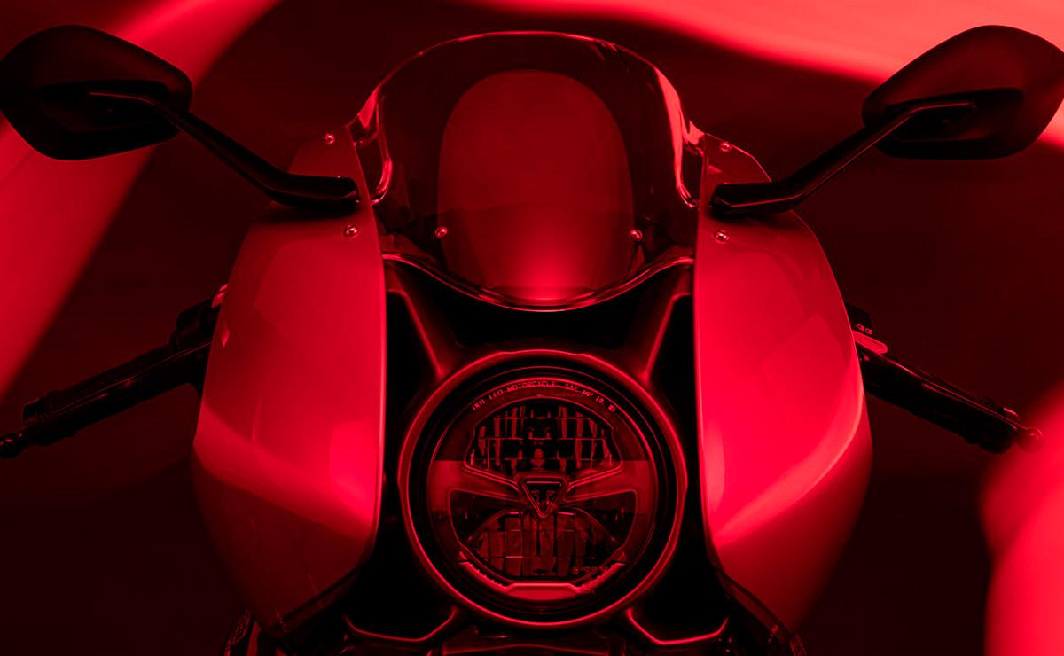 Triumph Speed Triple 1200 RR teaser detalle faro principal