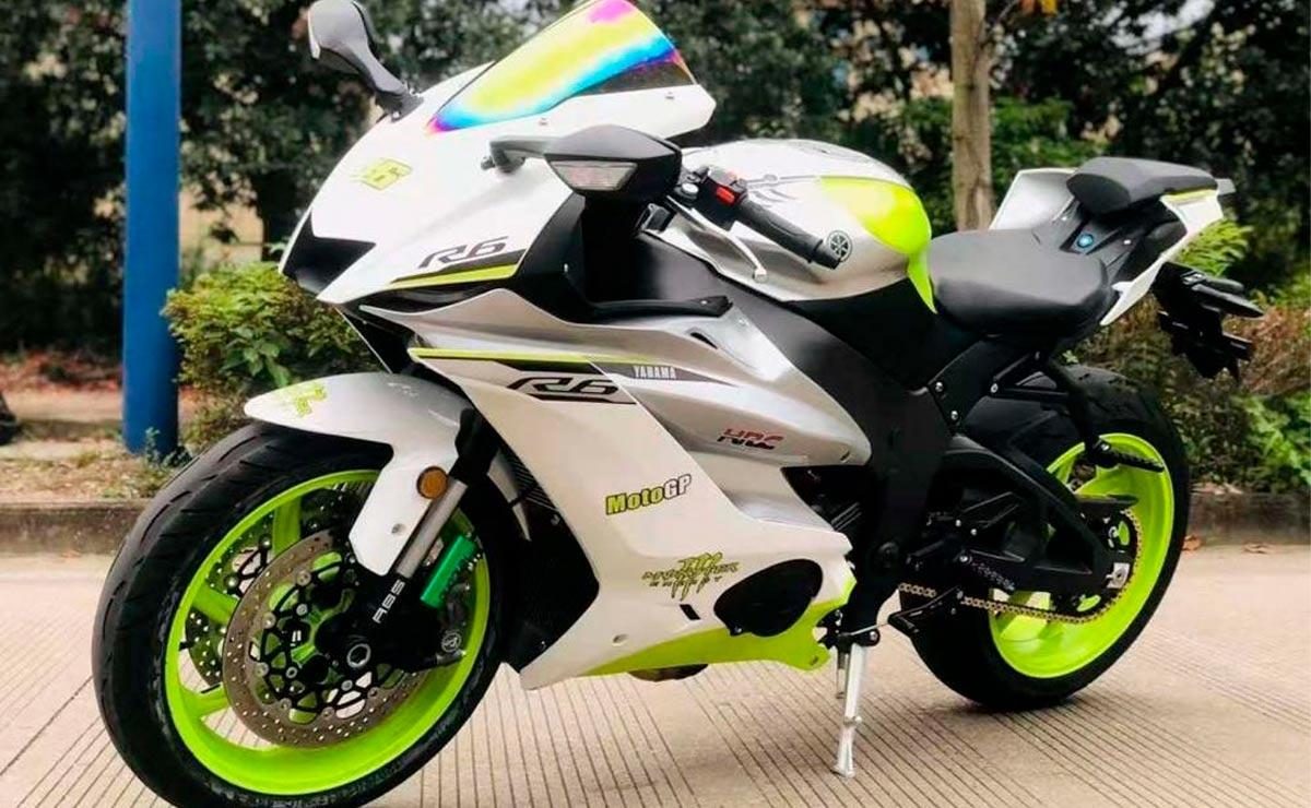 Yamaha R6 copia china vista lateral izquierdo