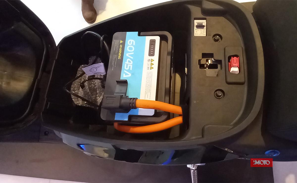 Super Soco primer concesionario en Argentina CPX batería extraíble